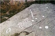 Skålgropar Älvkvarnar, Cirkelfigur, Ikritad, Labyrint